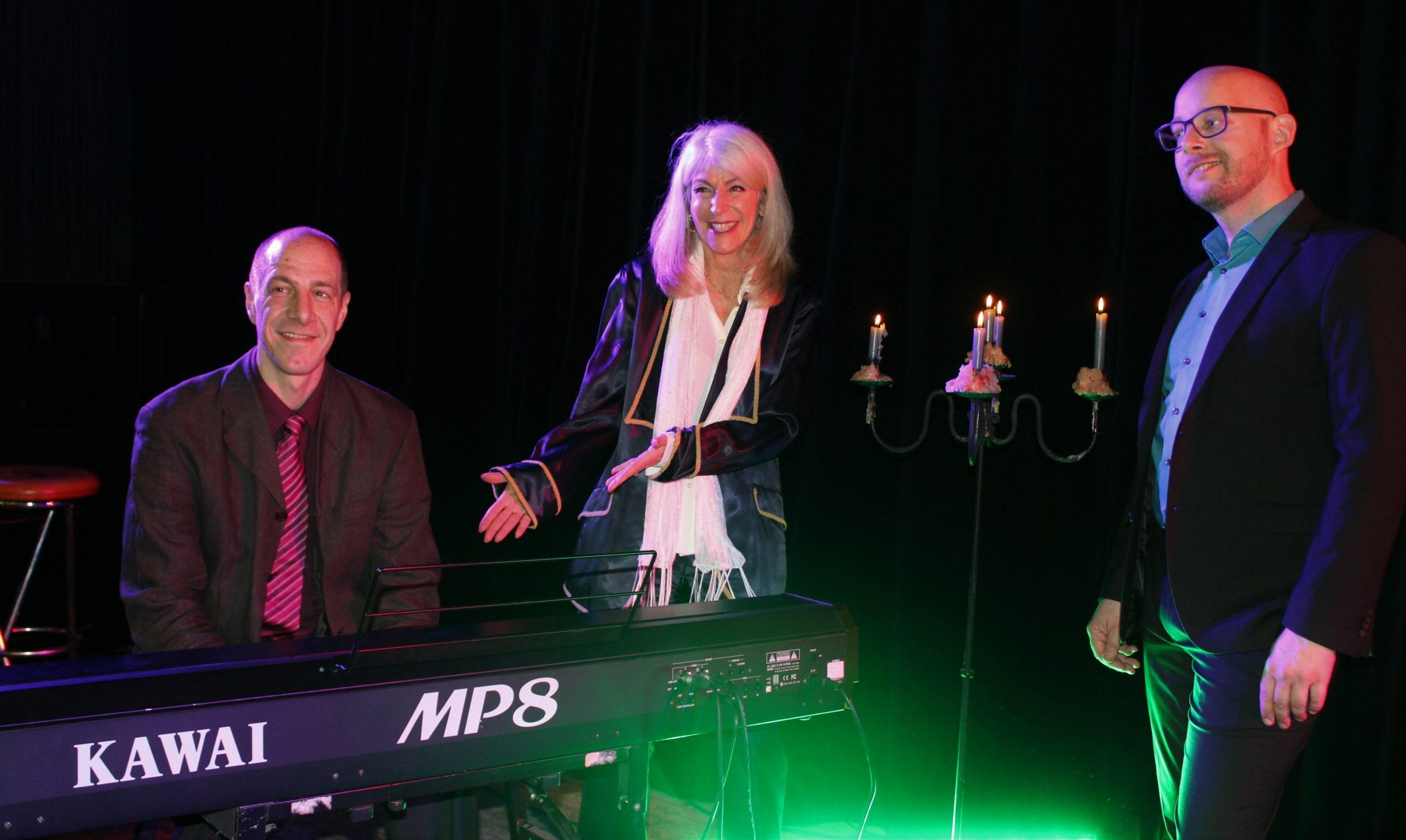 "Christian Deussen und Linda Jo Rizzo – ""Back on Stage"""