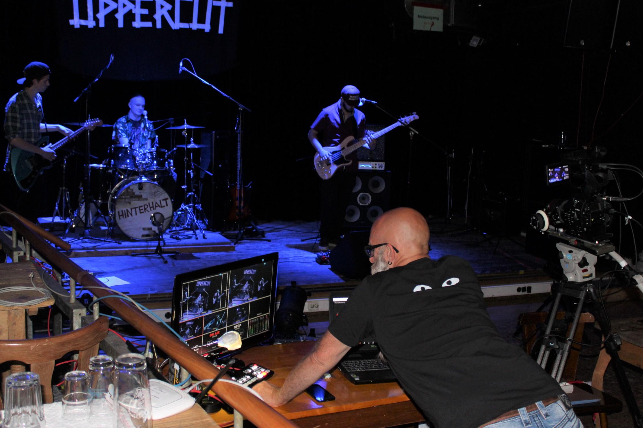 """Live-Stream-Konzert mit der Penzberger Newcomer Band """"Uppercut"""" am 22. Mai, Beginn 20 Uhr, Kulturbühne Hinterhalt"""